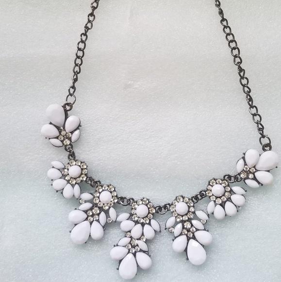 Jewelry White Flower Statement Necklace Poshmark